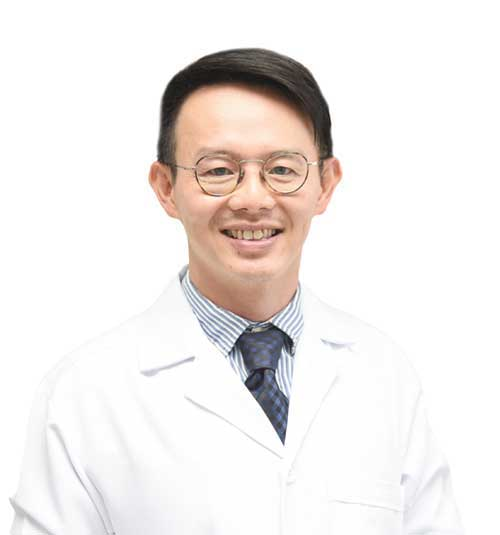 DR. CHAROENCHAI JANKULPRASUT DDS