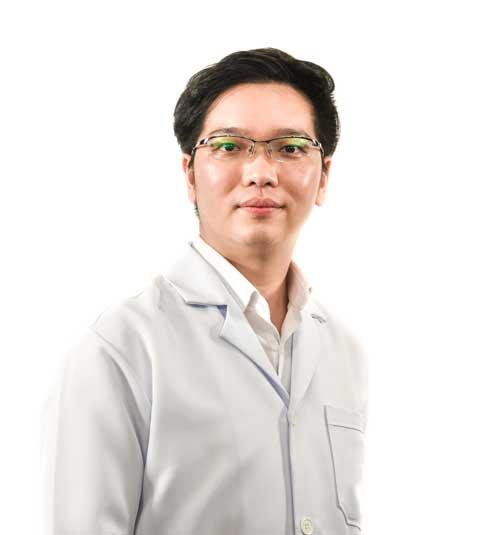 Dr. Pranai Nakaparksin