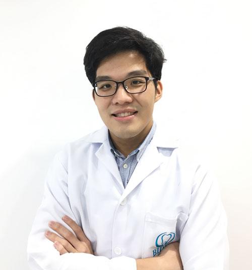 Dr.Chayapat Songpaisan